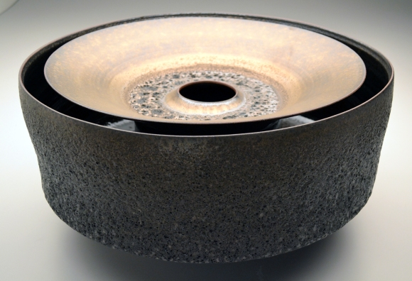 4_briddell_dwall_black_crater_bowl